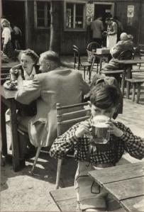 Wienerwald, Austria, 1954. / ERICH LESSING